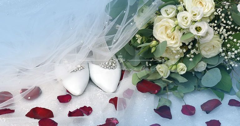 4 Essential Bridal Accessories That You Will Need