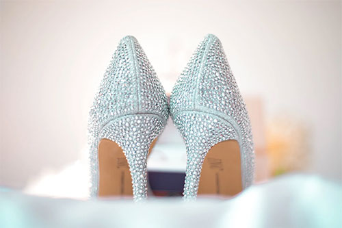 Wedding shoes - 4 Essential Bridal Accessories That You Will Need
